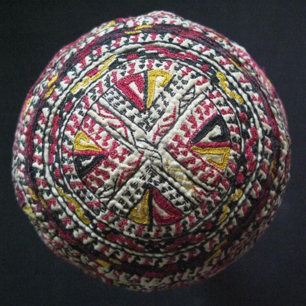 Turkmen - Tekke silk embroidery baby hat