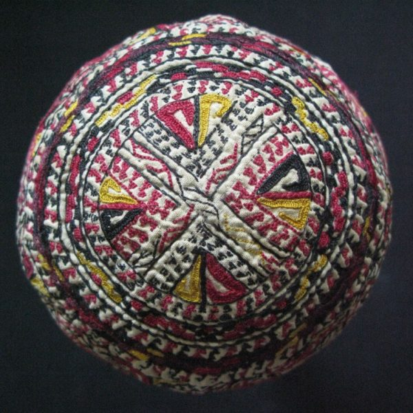 Turkmen - Tekke silk embroidery baby hat
