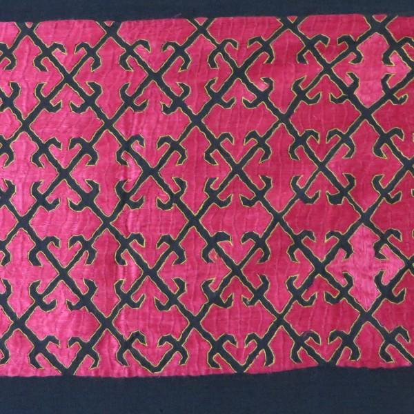 KOHISTAN - Swat Valley tribal silk shoulder shawl