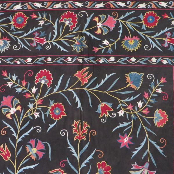 Uzbekistan - Fargan Valley Vintage suzani