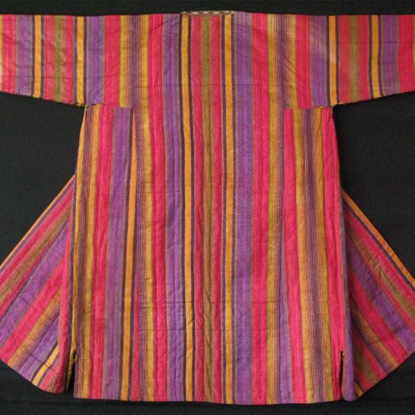 uzbekistan-silk-quilted-chapan-handmade-ikat-chapan