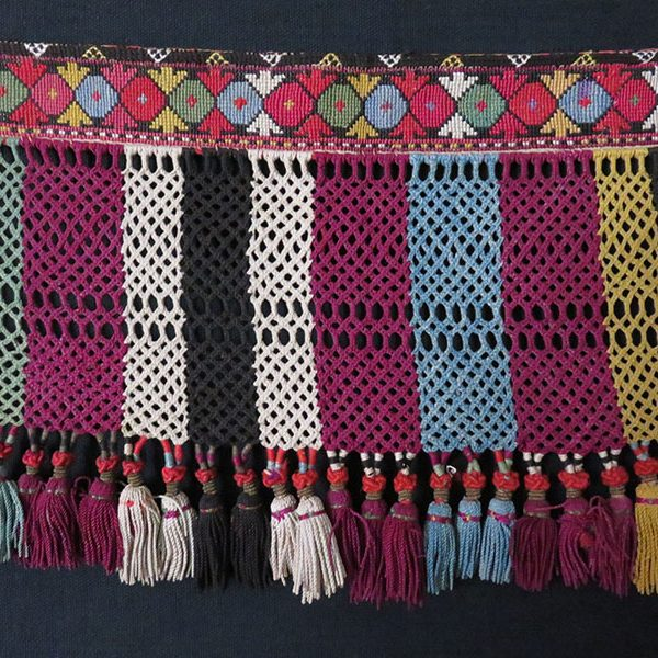 Uzbekistan - Lakai, tribal silk decorative tassels