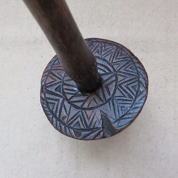 Turkmenistan – Mary, hand carved ethnic wood drop spindle