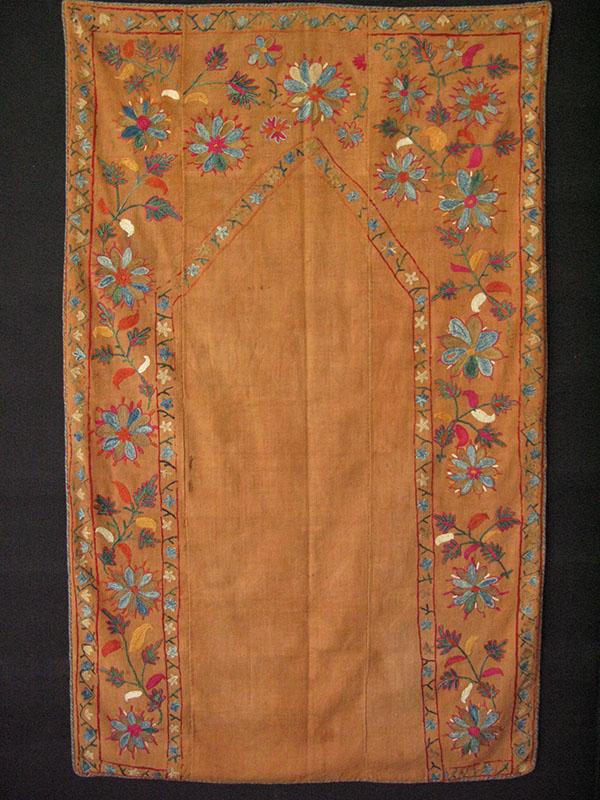 Tajikistan Lakai prayer silk on cotton Suzani