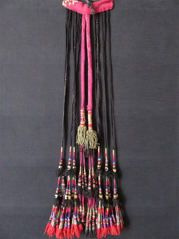 Uzbekistan – Surkandarya tribal silk and glass beaded hair tassel