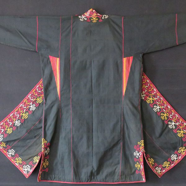 Turkmenistan - Tekke tribe silk embroidered woman's coat – Chapan