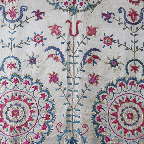 Uzbekistan - Fargana Valley silk embroidery ethnic suzani