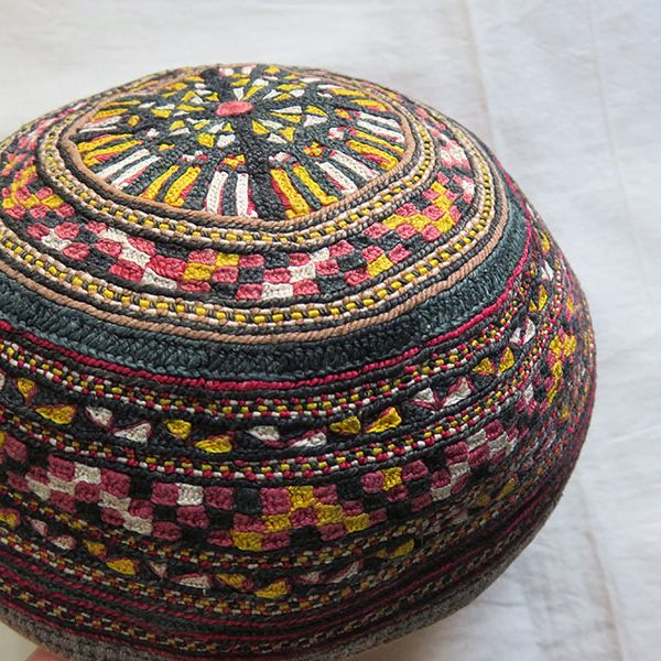 Central Asia - Turkmenistan - tribal Turkmen Tekke silk hat