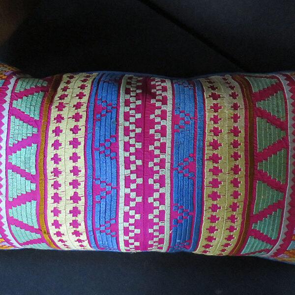 Uzbekistan - Tashkent - Silk embroidery small pillow cover