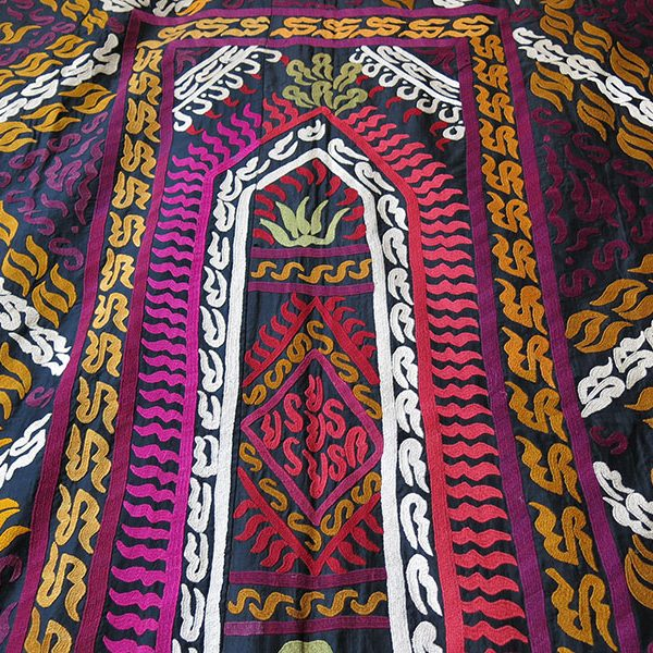 Tajikistan - Leninabad tribal silk embroidery Suzani
