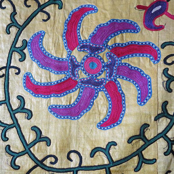 Uzbekistan - Shahrisabz LAKAI silk embroidery antique tribal Suzani