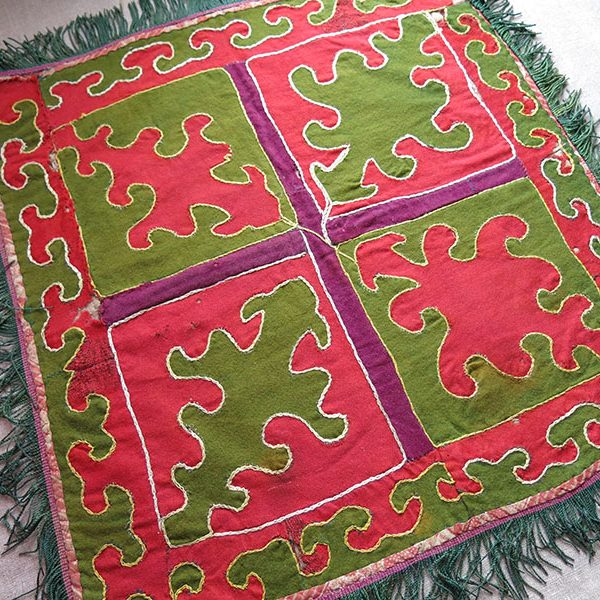 Central Asia - Kyrgyzstan Tribal wool patchwork mirror cover