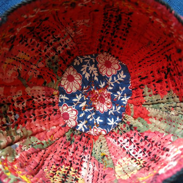 Turkmenistan - Tekke tribal silk embroidered hat