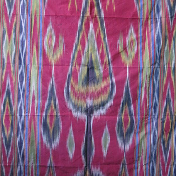 PERSIA YAZD / KASHAN – Hand loomed antique all silk Ikat