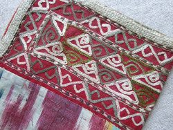 TURKMEN CHODOR Tribal silk embroidered and ikat small travel bag