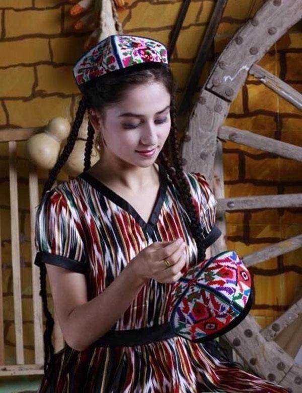 UZBEKISTAN FARGANA VALLEY silk embroidered ethnic