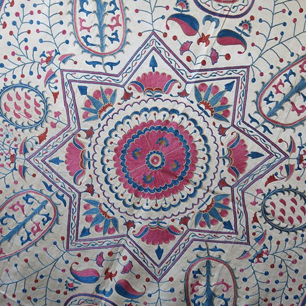 UZBEKISTAN FARGAN VALLEY - Silk embroidered Suzani textile