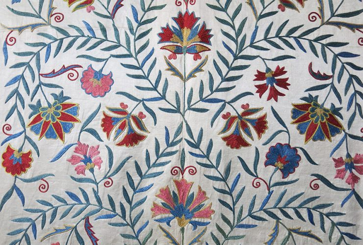 UZBEKISTAN - FARGANA VALLEY Silk fine embroidered Suzani