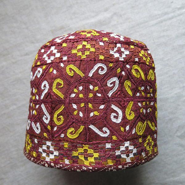 TURKMENISTAN - TEKKE tribal silk embroidered ceremonial hat