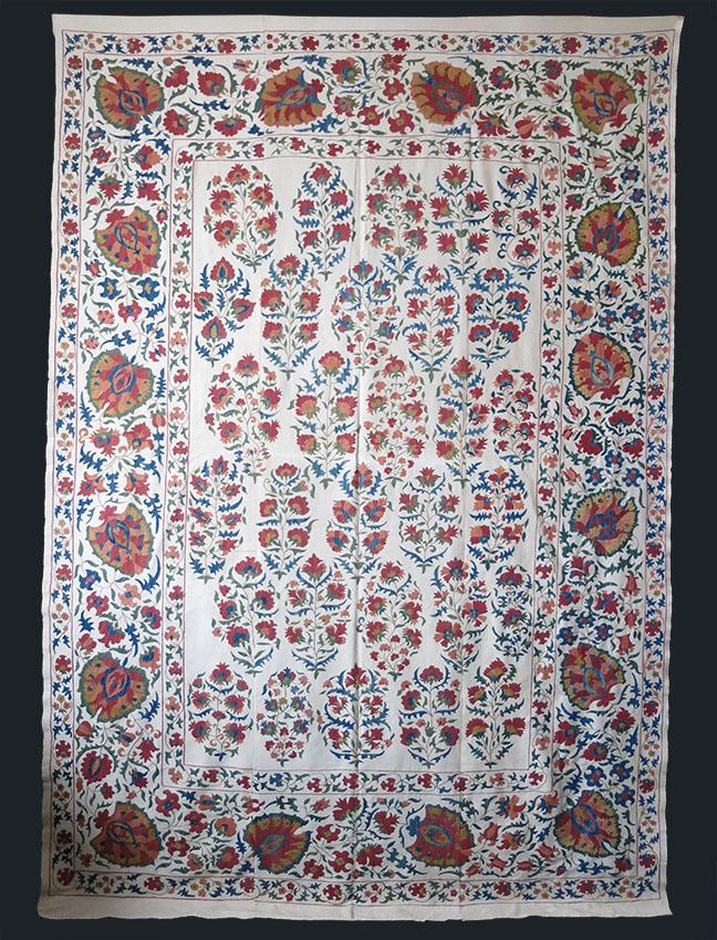 UZBEKISTAN - TASHKENT silk embroidery Suzani textile