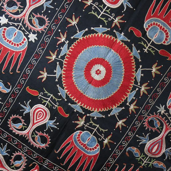 UZBEKISTAN - FARGNA VALLEY Silk embroidery Suzani