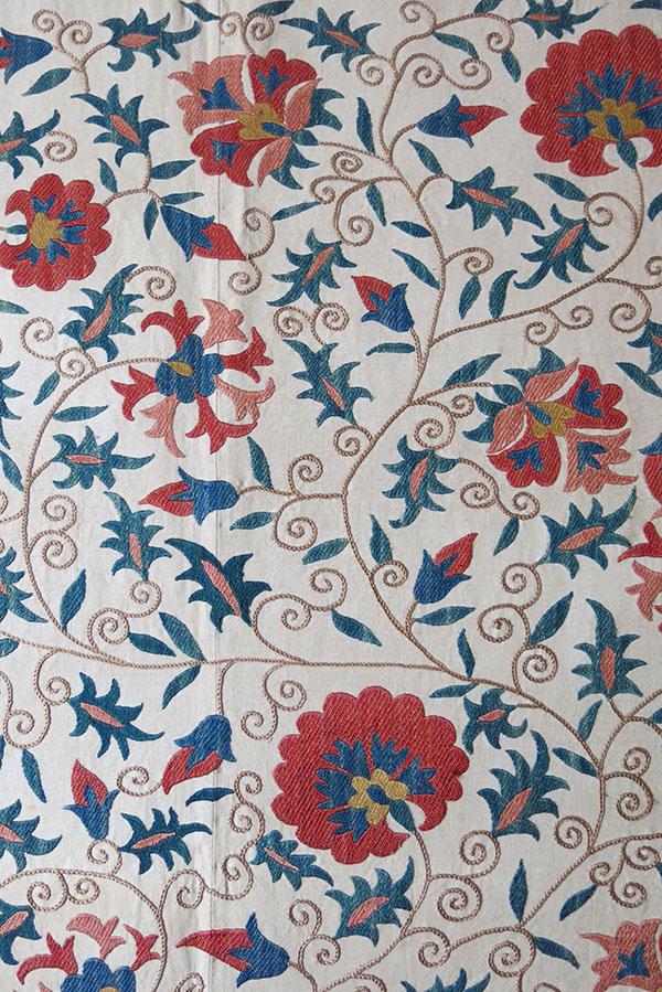 UZBEKISTAN – TASHKENT handmade Suzani embroidery