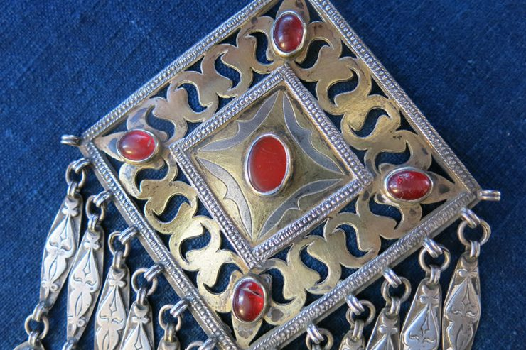 TURKMENISTAN TEKKE ethnic antique gilded silver pendant