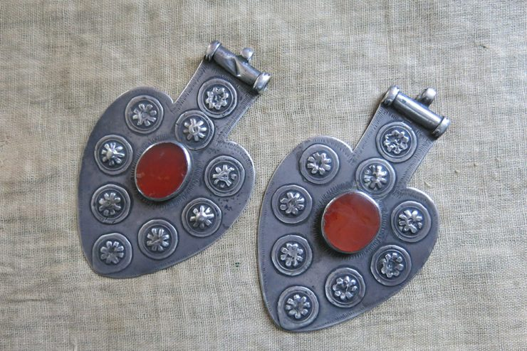 TURKMEN Tribal antique silver Asyk – pendants