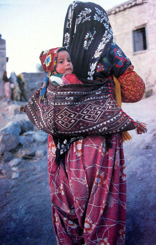 SOUTHEASTERN TURKEY – KURDISH BARZUM wool woven Baby carrier