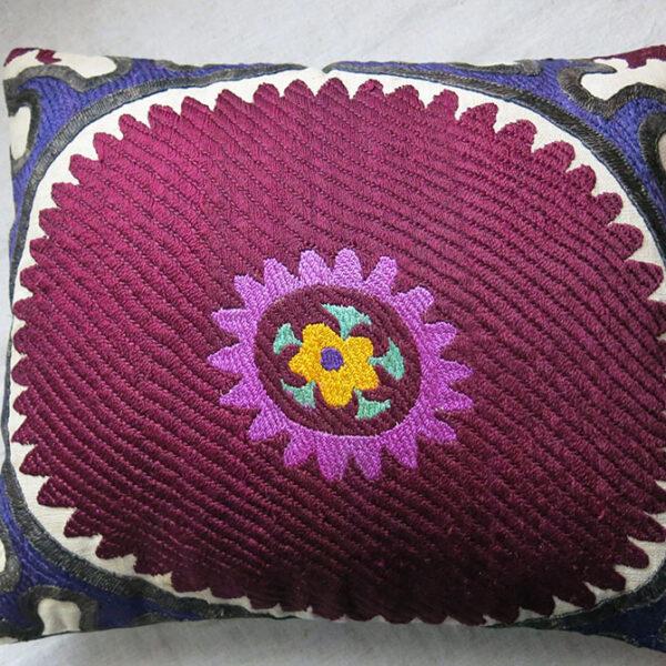 UZBEKISTAN - TASHKENT antique Suzani pillow cover