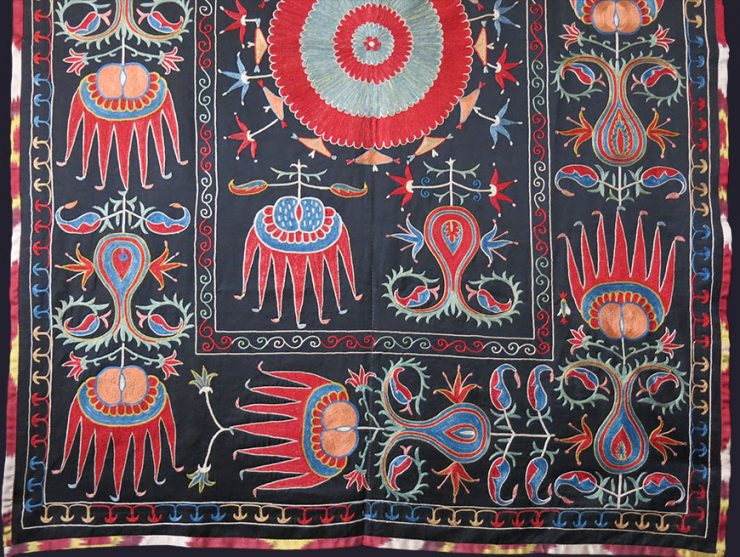 UZBEKISTAN FARGAN Valley ethnic silk embroidery suzani