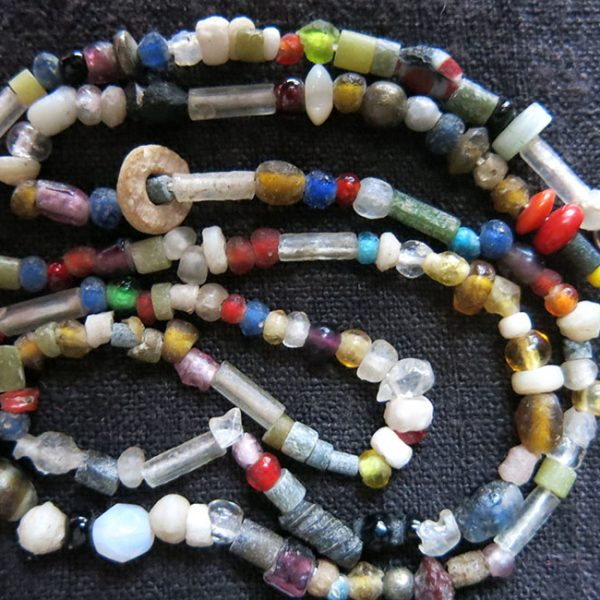 AFGHANISTAN KUNDUZ old mixed glass beaded necklace