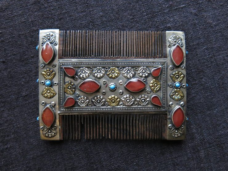 AFGHANISTAN TURKMEN Ceremonial silver covered wooden comb