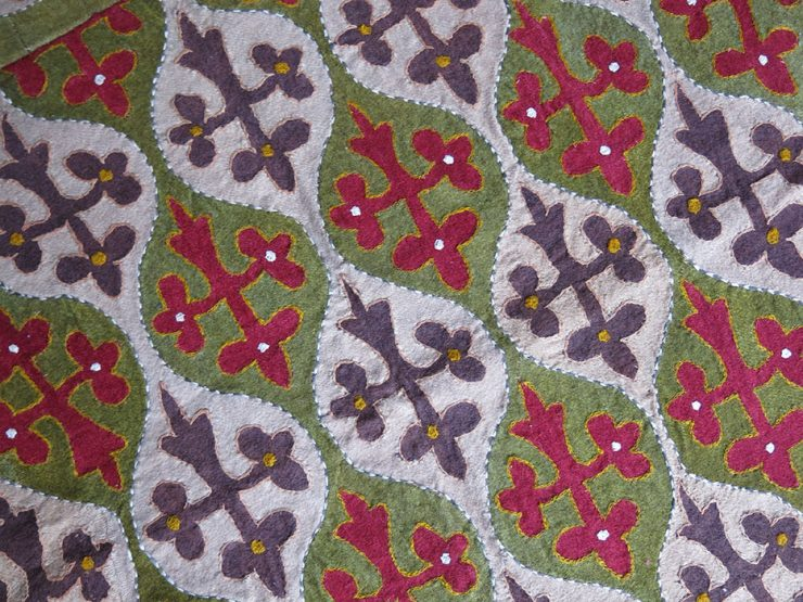 CENTRAL ASIA KYRGYZ Hand pieced wool bedding cover fragment