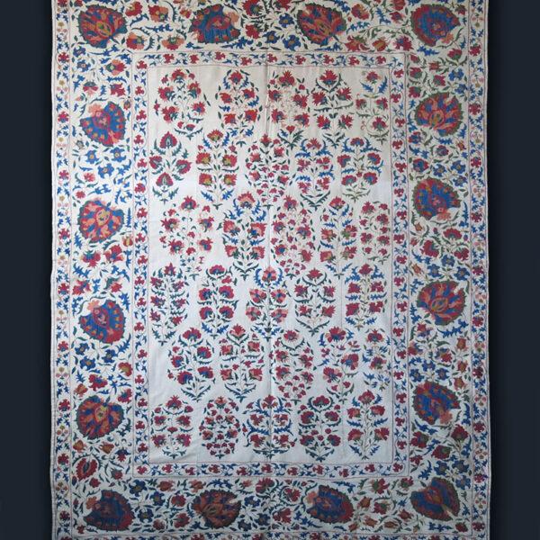 UZBEKISTAN – TASHKENT silk embroidery Suzani textile