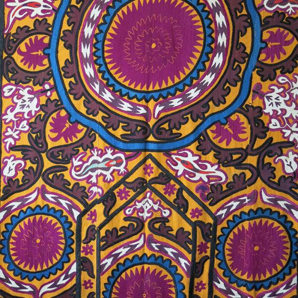 UZBEKISTAN - JIZZAK silk embroidered Suzani