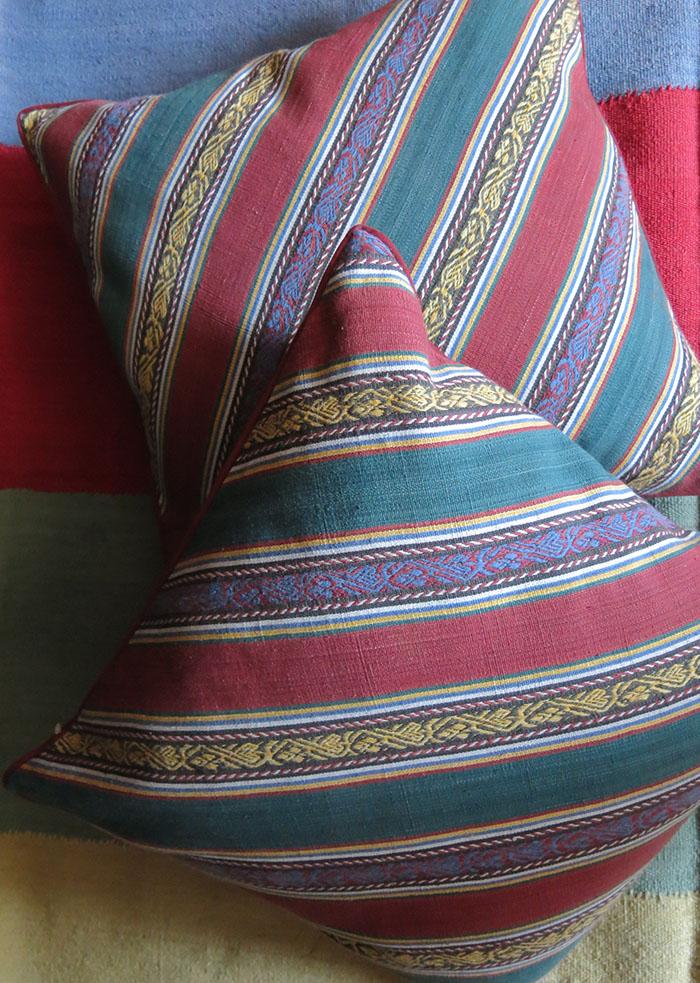 AZERBAIJAN Fine cotton JAJIM pair of pillow covers