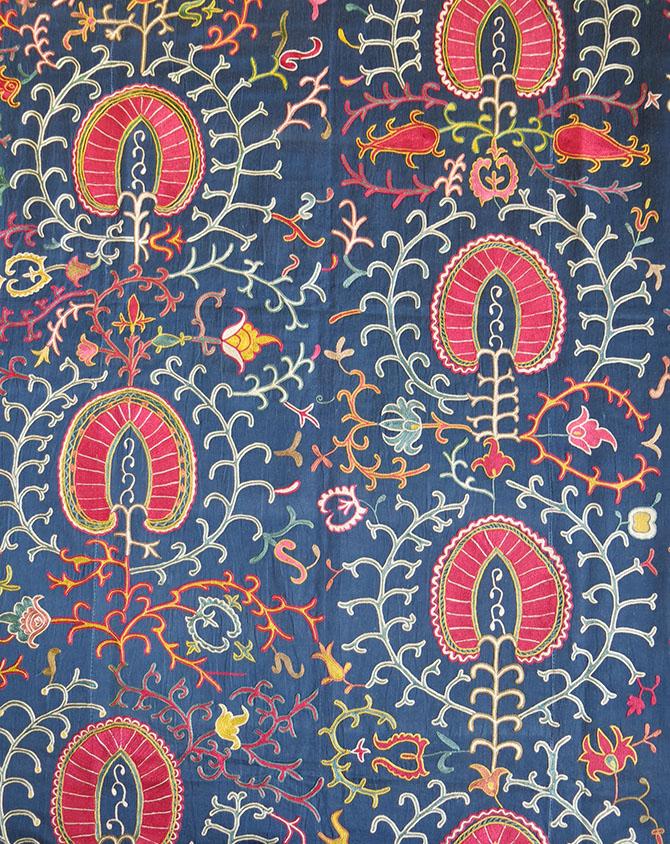 UZBEKISTAN FARGANA VALLEY Silk embroidery SUZANI