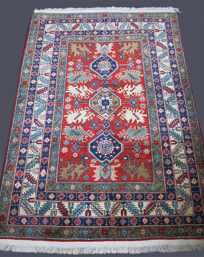 AZERBAIJAN KUBA Village rug
