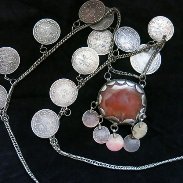 TURKEY - CONSTANTINOPLE - Silver necklace with Agate and silver OTTOMAN coins