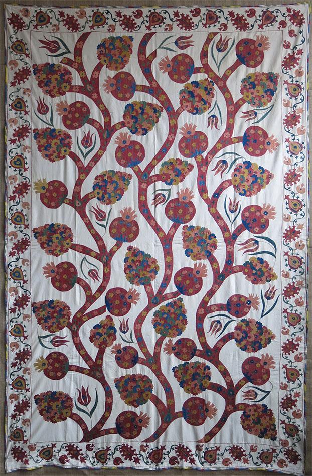 UZBEKISTAN - TASHKENT School revival SILK embroidery SUZANI