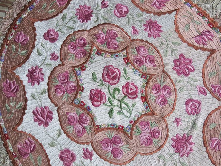 EUROPE - HUNGARIAN antique silk embroidery table cover