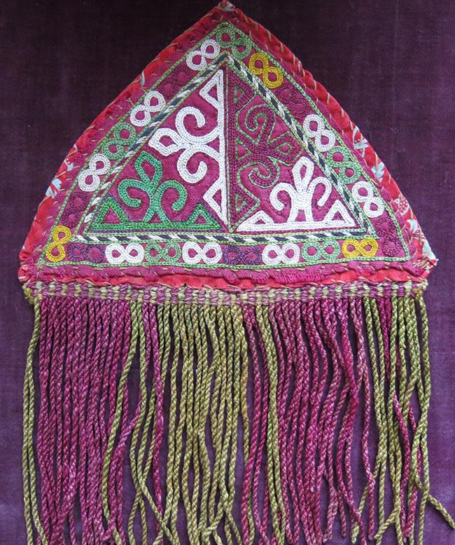 TURKMEN CHODOR silk embroidery Talisman triangle hangings