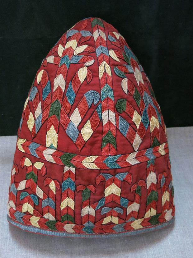 TURKMENISTAN YOMUD TURKMEN silk embroidered hat