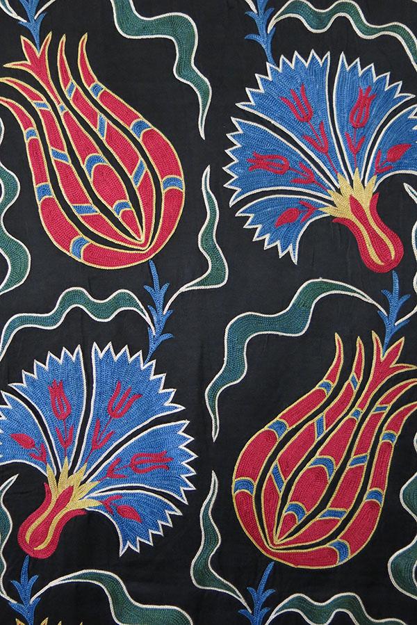 UZBEKISTAN FARGAN VALLEY handmade silk Suzani wall hanging/ Table runner