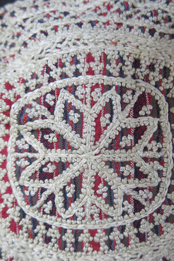 AZERBAIJAN – ARAKHCHIN – Ordubad Village, ethnic silk embroidery hat