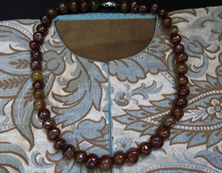 MIDDLE EAST SYRIAN antique AGATE stone necklace