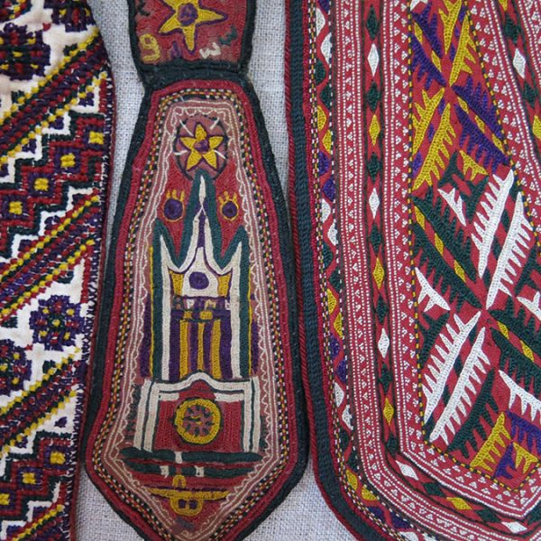 TURKMENISTAN – ASHGABAT Silk embroidery State Official men's ties