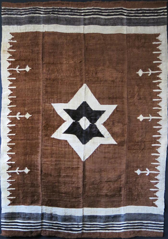 EASTERN TURKEY – SIIRT Kurdish angora Kilim / blanket