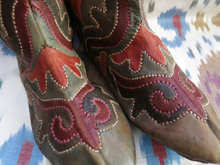 UZBEKISTAN BOKHARA Handmade leather woman's boots